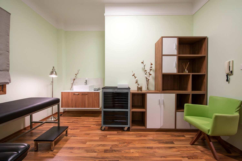 Surgeon's Private Practice by Grafeio 01 - Thessaloniki
